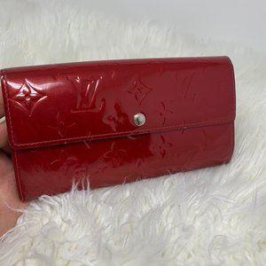authentic Louis Vuitton Long Wallet vernis…
